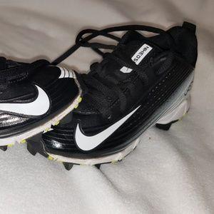 Boys youth 11 Nike Vapor baseball cleats